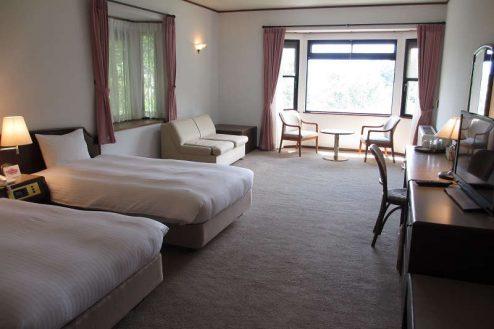 6.山梨リゾート|ホテル洋室