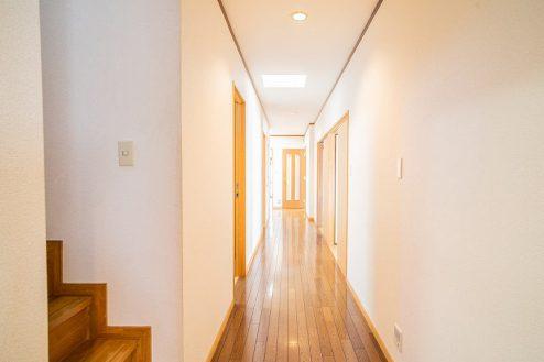 15.つつじヶ丘マンションスタジオ|廊下・階段