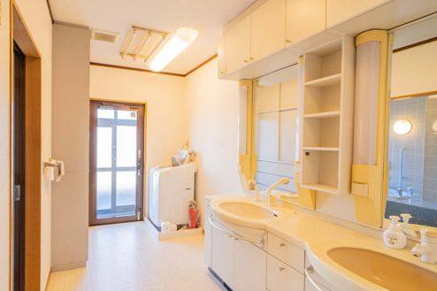 2.つつじヶ丘マンションスタジオ|洗面所