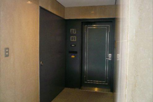 25.新宿2丁目マンションスタジオ|玄関