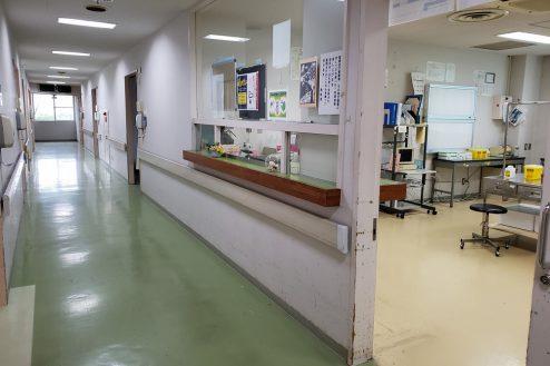 10.病院1棟貸しスタジオ|ナースステーション・廊下
