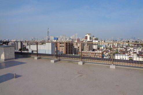 明大前・屋上|抜けが良い・広い・都心・24時間|東京