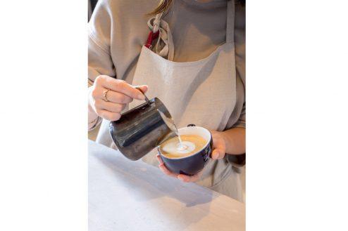 14.カフェ&花屋