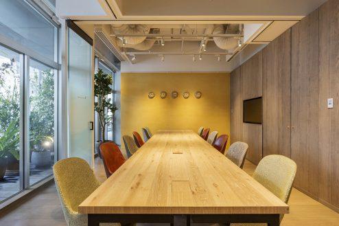 7.カフェ&ワークラウンジ|会議室