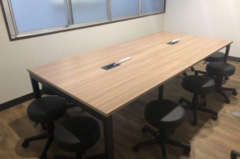 13.新宿コワーキングスペース|会議室