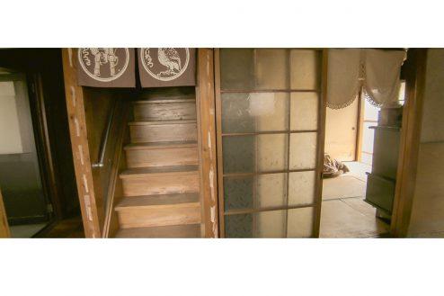 11.古民家スタジオねんご家・足立邸|1F:階段
