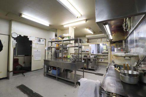 15.23区内の弁当屋|厨房