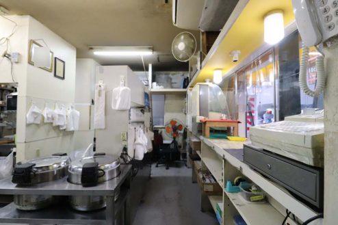 25.23区内の弁当屋|厨房・レジカウンター