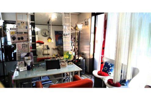 1.小さな美容室|店内