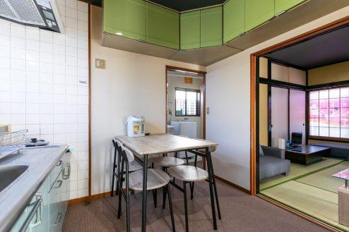 2.柴又ゲストハウス|ダイニングキッチン