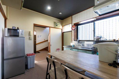 3.柴又ゲストハウス|ダイニングキッチン