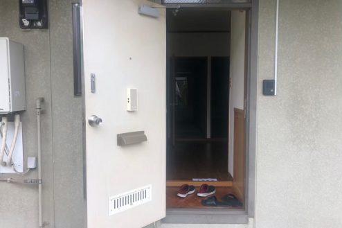 6.小柳町アパート 玄関