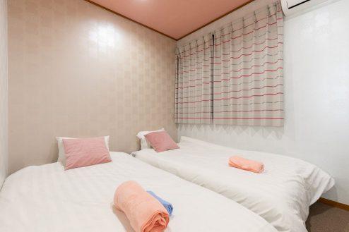 12.柴又ゲストハウス|ベッドルーム(洋室)