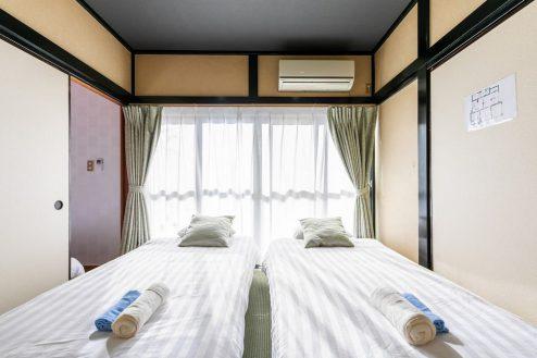 15.柴又ゲストハウス|ベッドルーム(和室)