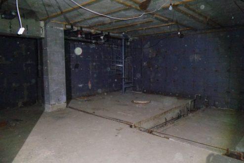 マンション地下・廃墟スペース|階段・外観・屋上・音出し・火気・24時間|東京