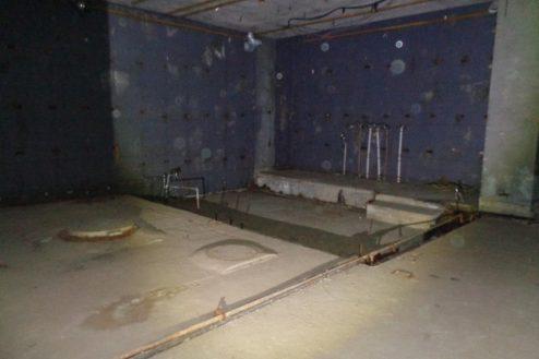 4.マンション地下・廃墟スペース