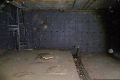 3.マンション地下・廃墟スペース