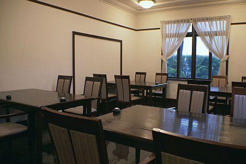 14.歴史的建築の高級和風レストラン|洋室1