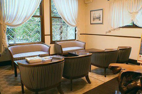 10.歴史的建築の高級和風レストラン|応接室