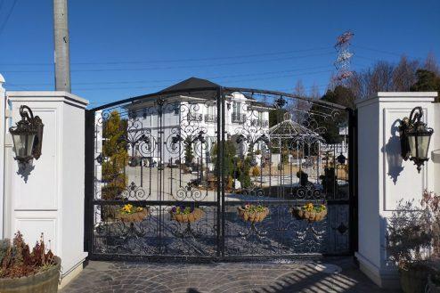 2.輸入住宅・イングリッシュガーデン|入口・門