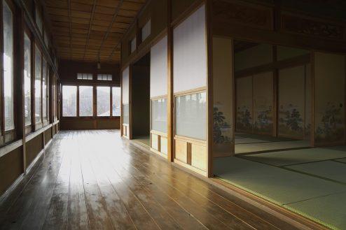 13.和モダン・佐倉スタジオ 2F:和室・廊下