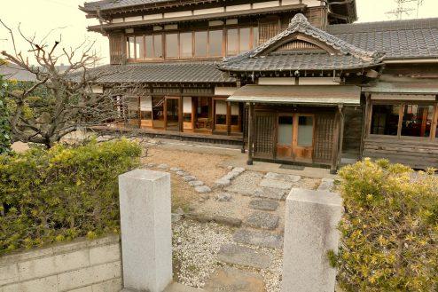 1.佐倉スタジオ|外観・門前