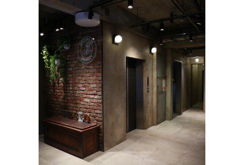 3.A YOTSUYA|1F:エレベーター前