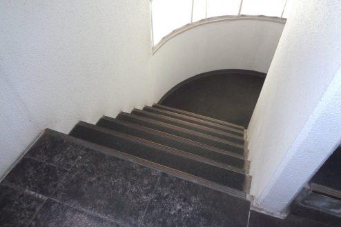 12.千駄ヶ谷・屋上|階段