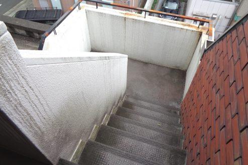 13.千駄ヶ谷・屋上|階段