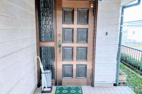 13.横浜市旭区ハウススタジオ 玄関ドア