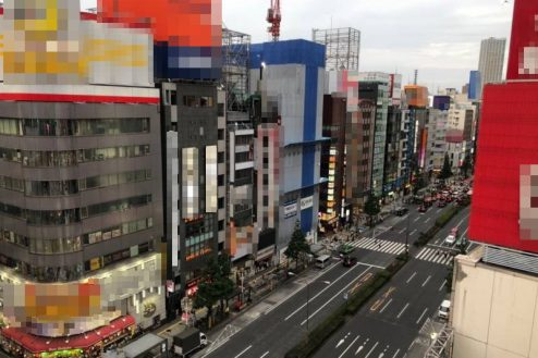 8.歌舞伎町ビル